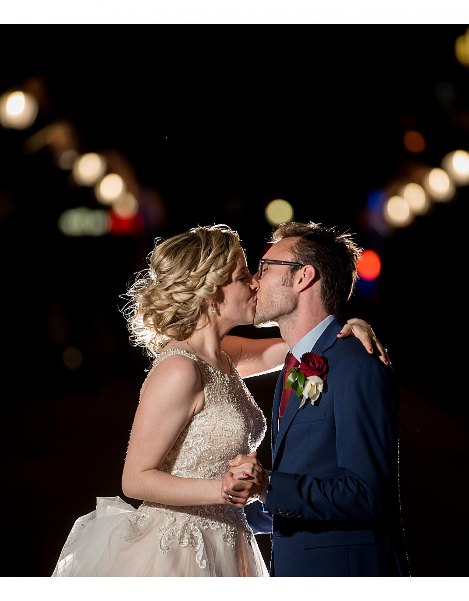 1169-J.BensonPhotography_Wedding_JeffTheresa_Society_Room_Hartford_CT