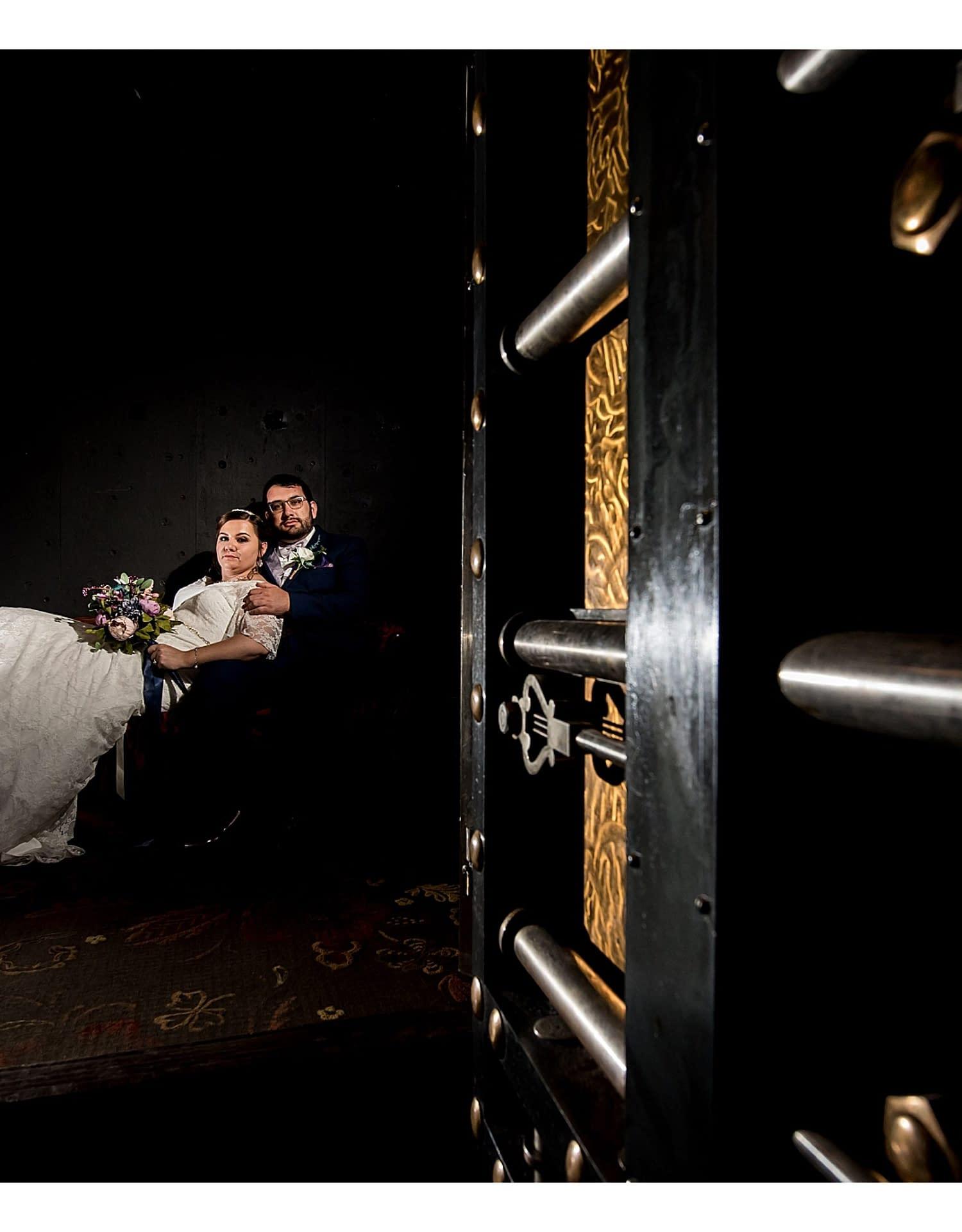 0745-J.BensonPhotography_Wedding_SteveSarah_Society_Room_Hartford_CT